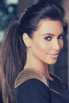 A natural picture of Kim. Love it!. #kim kardashian. Via: HAUTE COCO