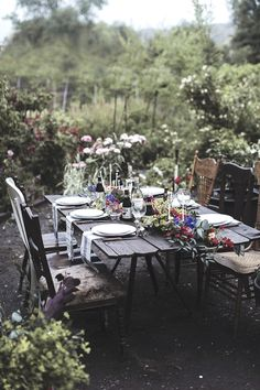Such a pretty setting for a garden party.