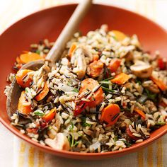 This Herbed Wild Rice recipe is perfect for the holidays since it's prepped entirely in the slow cooker. No extra stove or oven space is required for cooking wild rice in this method! Rice Side Dishes, Food Dishes, Main Dishes, Slow Cooker Recipes, Cooking Recipes, Healthy Recipes, Lunch Recipes, Soup Recipes, Recipies