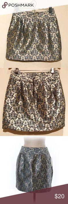 "U.O Kimchi Blue Metallic Printed Mini Skirt Kimchi Blue metallic mini skirt- size 4. Amazing print detail! Waist: 27"", Length : 16"" Urban Outfitters Skirts"