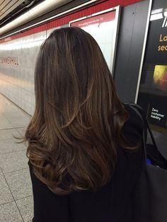 Medium Hair Styles, Curly Hair Styles, Brown Blonde Hair, Dark Brown Short Hair, Dark Brown Balayage, Long Brunette Hair, Ombre Brown, Aesthetic Hair, Brown Hair Colors