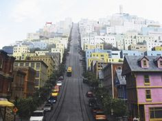 That's one steep hill in SF. San Francisco, CA : hmm.. more like City Escape from Sonic Adventure 2.