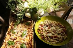 Lasagna and fresh pasta with pesto nuts and cherrytomatoes.... www.tenutadiferento.com My Favorite Food, Favorite Recipes, Fresh Pasta, Pesto Pasta, Lasagna, Villa, Chicken, Meat, Cooking