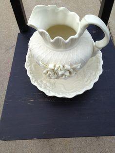 vintage pitcher & bowl... find it on etsy.com  - elizabeth lane boutique shop!