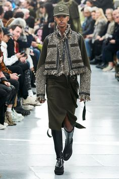Sacai Fall 2020 Menswear Fashion Show - Vogue High Fashion, Winter Fashion, Fashion Show, Womens Fashion, Fashion Trends, Ladies Fashion, Fashion Ideas, Vogue Paris, Moda Kimono