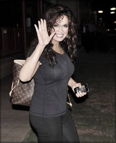 fan site thats ALL about ➔ MARIE OSMOND ↵ photos. interviews & recent news! Beautiful Celebrities, Beautiful Actresses, Beautiful Women, Marie Osmond Hot, Dolly Parton Pictures, Vintage Movie Stars, Vintage Movies, Cute Dress Outfits, Sexy Dresses