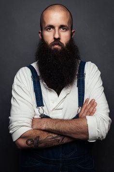 william fitzsimmons - full dark thick beard & tats in coveralls ! Bald Head With Beard, Bald Man, Full Beard, Beard Love, Great Beards, Awesome Beards, Moustaches, William Fitzsimmons, Handsome Bearded Men