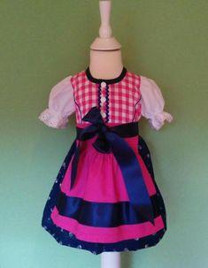 Das Kleid ist aus hochwertigem Trachtenstoff ( Baumwolle) und liebevoll handgearbeitet. Es wird...,Baby Dirndl Gr. 74 neu in Nordrhein-Westfalen - Jülich