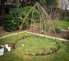 Weidentipi-Framework - Do it - Kitchen Ornaments, Natural Glow, Garden Pool, Deck Design, Small Gardens, Pool Designs, Beach Fun, Outdoor Projects, Belle Photo