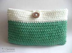 Crochet Purse = free crochet pattern