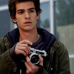 Andrew Garfield in The Amazing Spiderman Amazing Spiderman, Evan Peters, Supergirl, Stark Tower, Marvel Dc, Marvel Films, Emma Stone Andrew Garfield, Andrew Garfield Remus Lupin, Foto Casual