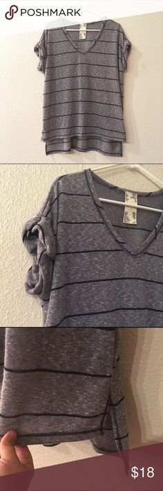 Blu Pepper Boxy Hi-Lo Tee Striped Gray and navy striped v neck tee by Blu Pepper designed in California. Size medium fits med/large best. Tried on never worn ☀️👍 Blu Pepper Tops Tees - Short Sleeve