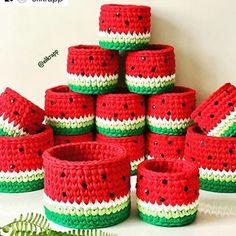 9 Tips for knitting – By Zazok Crochet Bowl, Crochet Amigurumi, Cute Crochet, Crochet Crafts, Yarn Crafts, Crochet Projects, Knit Crochet, Crochet Mandala Pattern, Crochet Basket Pattern