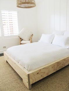 The beam bed was designed and created by Mr White. This bed design can come with or without a bed head as well as built in floating side . Simple Bed Frame, Diy Bed Frame, Bed Frames, Diy Queen Bed Frame, Master Bedroom Design, Home Bedroom, Bedroom Decor, Bedrooms, White Beams