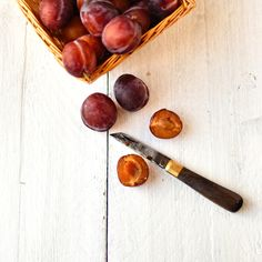 griddled plums with thyme, orange and vanilla ice cream - The Circus Gardener's Kitchen Plum Ice Cream, Vanilla Ice Cream, Cooking Stone, Stove Oven, Stone Fruit, Pistachio, Glutenfree, Food Photography, Roast