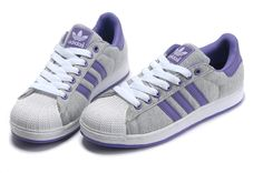 Adidas Superstar Shoes Grey White Purple Adidas Stan Smith Kids, Adidas Zx, Adidas Sneakers, Adidas Superstar Outfit, Tn Nike, Air Max Classic, Nike Air Max 2012, Superstars Shoes, Purple Shoes