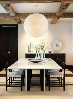 Elegant Contemporary Dining Room by Emily Summers Decoration Inspiration, Decor Ideas, Dining Room Table, Dining Rooms, Dining Area, Interior Exterior, Room Interior, Contemporary Interior, Interiores Design