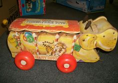 VINTAGE FISHER-PRICE PULL TOY HAPPY HIPPO 1962