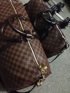 Obsession with duffle bag. My Louis Vuitton everyday and travel keepall 45 and 55... Macassar and damier ebene.