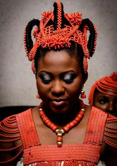 From All About African Weddings. Adornment to the max!