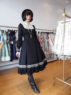 """Favourite Coords - """"/cgl/ - Cosplay & EGL"""" is imageboard for the discussion of cosplay, elegant gothic lolita (EGL), and anime conventions. Pretty Outfits, Pretty Dresses, Beautiful Outfits, Pretty Clothes, Visual Kei, Harajuku, Gothic Lolita Fashion, Lolita Style, Grunge"""