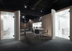 Spicebox Office is a minimalist interior located in Tokyo, Japan, designed by Nendo. The office space design for spicebox, a comprehensive digital agency that works across strategic planning,. Office Space Design, Workplace Design, Office Interior Design, Office Designs, Corporate Interiors, Office Interiors, Commercial Interior Design, Commercial Interiors, Architecture Office