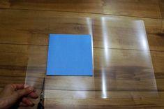 絶対0円!折り紙の収納に困ってるママ必見!クリアファイルをリメイクして簡単折り紙ケース|LIMIA (リミア)