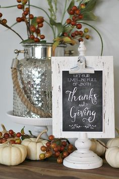 Download these free Thanksgiving printables and learn how to use them for a variety of Thanksgiving decor ideas!