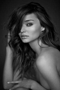 Miranda Kerr is absolutely gorgeous.