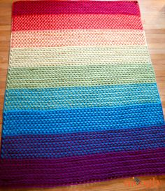 full of color! It's the latest free crochet blanket pattern on Moogly – and I've included guidelines for 6 different sizes!