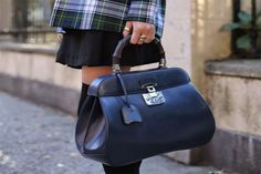GUCCI Lady Lock Leather Top Handle Bag – taking its cue from fifties sophistication, GUCCI lady lock top handle bag boasts a beautiful archival closure and shape. a working bag with a feminine attitude. Gucci Baby, Beautiful Handbags, Hermes Birkin, Hermes Kelly, Fashion Design, Diy Fashion, Purses, Shoe Bag, Lady