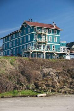The Sylvia Beach hotel in Newport, Oregon (Loved it here.  Stayed in the Edgar Allan Poe room years ago, but they seem to have done away with that one.  There was a fake pendulum hanging from the ceiling and you could turn it on with a switch.  It swung back and forth and made noises.  Also, the sheets looked like they were stained with blood.)