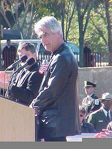 Sam Elliott at the Veterans Day Ceremonies at the Vietnam Veterans Memorial, November 2001 - Wikipedia, the free encyclopedia