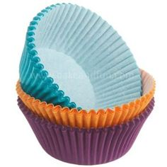 http://static.midulcereposteria.com/content/products/large/wilton/wilton-baking-cups-gold-purple-teal-75pcs.jpg