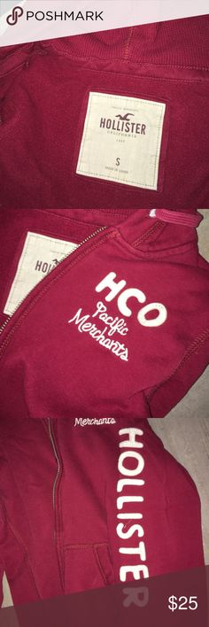Hollister sweater Zipper pockets hoodie is thermal very warm perfect condition burgundy Hollister Sweaters