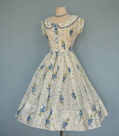 Lovely R & K ORIGINAL 1950s Garden Party Dress. #summer #fashion #floral #dress #1950s #partydress #vintage #frock #retro #sundress #floralprint #petticoat #romantic #feminine