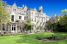 Close Hotel in Cotswold market town of Tetbury, just acquired by Cotswold Inns Hotels. Cotswolds Hotels, Country House Hotels, European Vacation, Beautiful Hotels, Romantic Getaways, Bed And Breakfast, Britain, England, Mansions