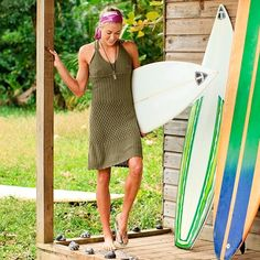 """Surfer chic (different from """"surfer chick"""")"""