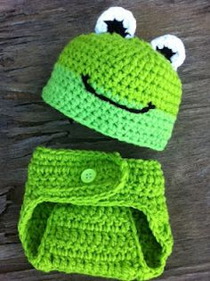 Frog beanie and diaper cover set $33