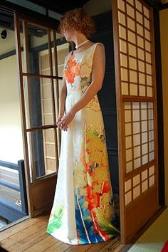 upcycled kimono dress: gorgeous! I love the patterns on kimono fabrics....