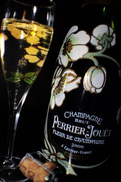 "Life without Champagne is not a real Life ! One of my fav ""Champagne Perrier Jouet, Belle Epoque"" Champagne Moet, Champagne Region, Champagne Taste, Cocktail Drinks, Alcoholic Drinks, Cocktails, Beverages, Epernay France, Perrier Jouet"
