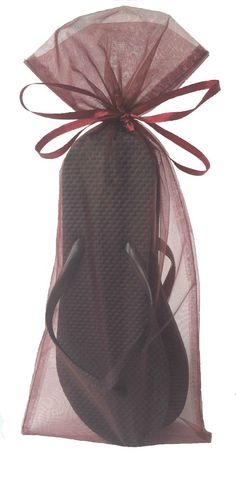 Classic Black Flip Flops with Beauty Organza Bags. Fall wedding ready!