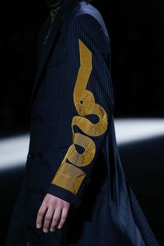 Dries Van Noten Fall 2016 Menswear Fashion Show Fashion Brand, New Fashion, Fashion Art, Fashion Show, Fashion Tips, Fashion Design, Fashion Styles, Dries Van Noten, Dior