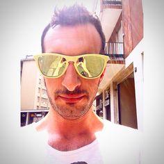 Hello timer ☀️ #selfie #timer #goodmorning #sun #sunglasses #oakley #milan #city #home #breakfast #filter #i_love_photo #iphone5 #kiss #friends #followers #friends #tumblr #instagram #foursquare #pinterest #twitter #facebook #phonto