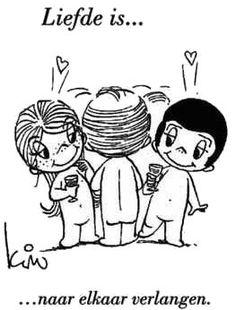 Liefde is...naar elkaar verlangen.