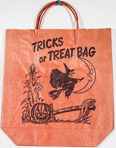 bag with a witch and her broom. Retro Halloween, Halloween Books, Halloween Horror, Halloween Night, Holidays Halloween, Halloween Decorations, Paper Halloween, Halloween Tricks, Fall Decorations