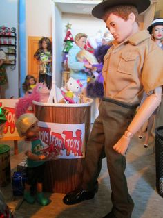 The One Sixth Scale Dollhouse GI Joe and Toys for Tots diorama