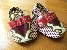 African Print Baby Booties with Princess ribbon by DivineBlessing, $20.00
