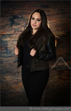 Love the Jacket. Michigan High School Senior Photography. Arising Images. #ArisingImages #Senior #Accessories #Pose