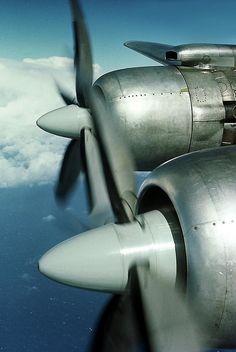 "Martinair Douglas DC-7C PH-DSO ""Seven Seas"""